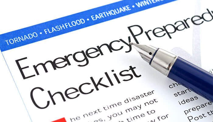 Emergency-Preparedness-Checklist700x400